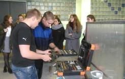 Школьников Коркино знакомят с рабочими профессиями