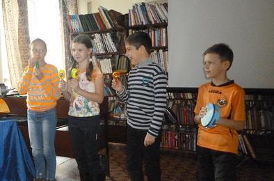 Школьники Коркино каникулы проводят в бибилиотеке