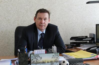 Директора коркинского техникума поблагодарил министр