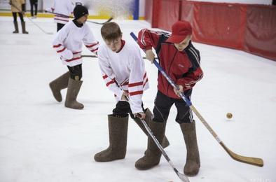 Школьники Коркино сразятся в турнире по хоккею на валенках