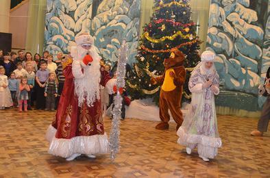 Коркинским ребятишкам подарили Рождественскую сказку