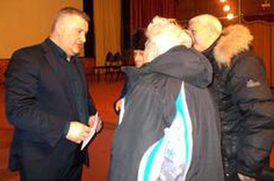 Глава Коркино встретится с ветеранами в киноклубе