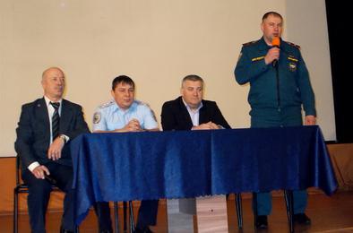 Ветераны задали вопросы главе Коркино и представителям МВД