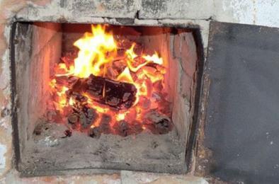 На коркинской Розе перекал печи привёл к пожару в доме
