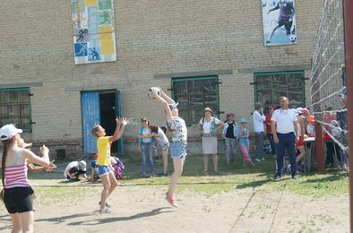 Лагеря отдыха откроются в Коркинском районе в начале июня