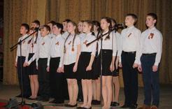 Розинцы споют на фестивале солдатской песни