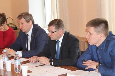 Депутат Госдумы Анатолий Литовченко встретился с коркинцами