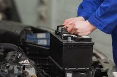 Полицейские Коркино задержали похитителя аккумуляторов