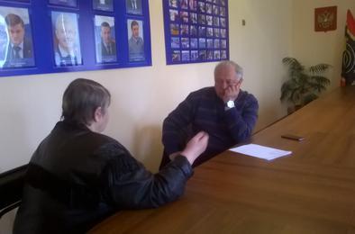 Депутат ЗСО Николай Янов провёл приём в Коркино