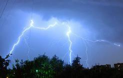 Лето снова откладывается: на Южном Урале объявлено штормовое предупреждение