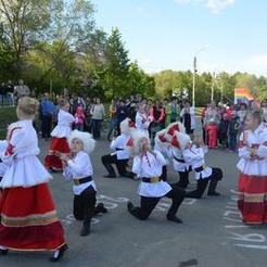 День России жители Коркинского района отметили танцами