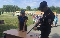 Коркинских ребят учат полиция, пожарные и МЧС