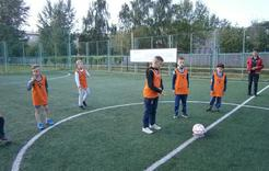 Коркинские мальчишки сразились в футбол