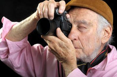 Почтенных коркинцев приглашают учиться фотографии