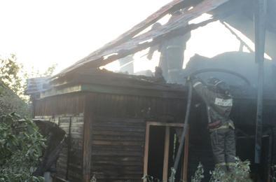 На Розе с интервалом в три дня сгорели два дома