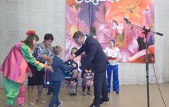 Первоклассников Коркинского района поздравили с праздником
