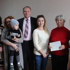 Семья из Коркино получила сертификат на приобретение жилья