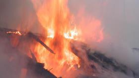 В Коркино в частном доме сгорела крыша
