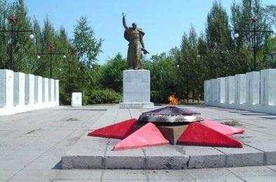 В Коркино задержали вандалов потушивших Вечный огонь