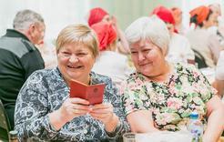 Коркинцы старшего поколения отметили юбилей комсомола