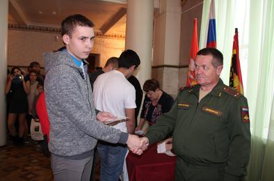В Коркинском районе торжественно провожают призывников
