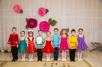 Коркинские детсадовцы рассказали о профессиях мам