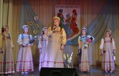 Коркинцев порадовала концертом «Горница»