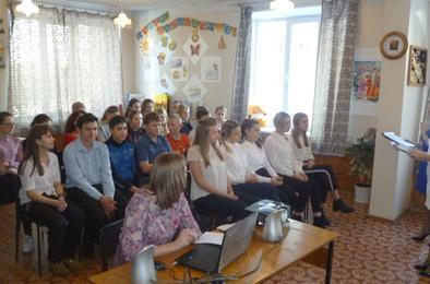 Коркинским школьникам рассказали о волонтёрском движении