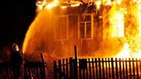 В Первомайском сгорел дом из-за неосторожности хозяев
