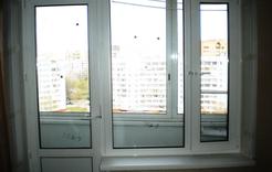 Россиян могут обязать заменить пластиковые окна на деревянные
