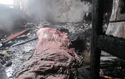 В сгоревшем заброшенном доме на Розе обнаружено тело мужчины