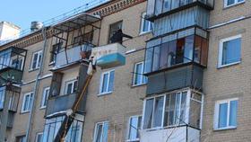 Очистка домов от снега идет в ежедневном режиме