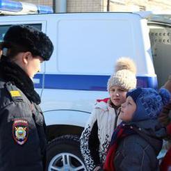 Второклашки пришли в гости в Отдел МВД России по Коркинскому району