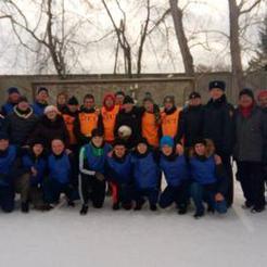 Коркинские полицейские сыграли в футбол со студентами