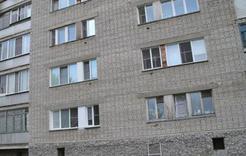 Розинец выпал из окна третьего этажа