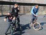 В парке им. Федько продолжают обустраивать скейт-площадку
