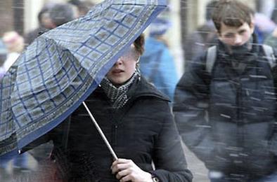 МЧС предупреждает о сильном ветре и осадках в виде снега
