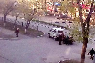 Улицы и скверы Коркино обработали от клеща