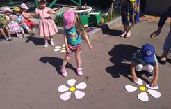 Коркинские дошкольники открыли летний сезон
