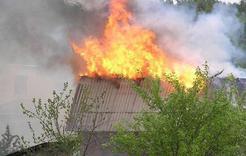В коркинском садовом товариществе горел домик