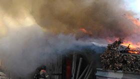 В Коркино сгорел дом