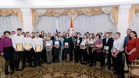 Студентам Коркино вручили награду за мужественный поступок