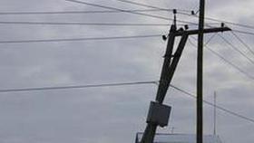 В Розе меняют электроопоры: где завтра не будет света