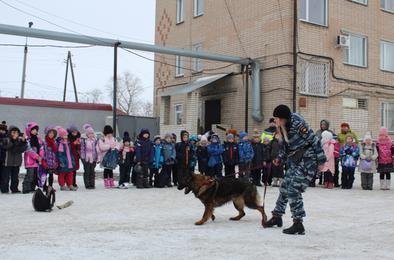 Растим патриотом России: сотрудники МВД  Коркино работают с молодежью
