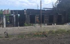 Сегодня ночью  в Коркино сгорел дом