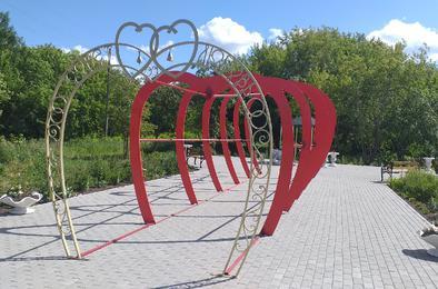 В городском парке появились новые арт-объекты