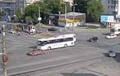 Поворот налево временно запретят: ограничение на важном перекрестке в Челябинске